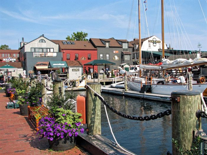 15 Little Known New England Towns Everyone Must Visit At Least Once