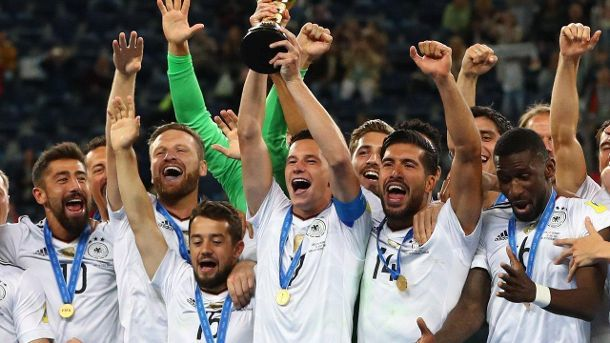 Champions (Quelle: dpa/Christian Charisius)