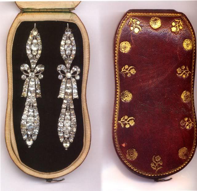 Marie Antoinette's diamond earrings in their case
