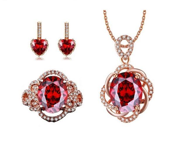 Poze Set bijuterii elegant http://www.bijuteriifrumoase.ro/cumpara/set-bijuterii-elegant-3352