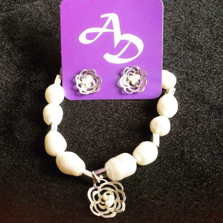 Juego en plata y perlas cultivadas