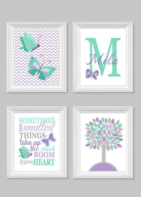 Schmetterling Kinderzimmer Kunst, grau Mint Flieder, Baby Girl Room Decor, Monogramm, Baum, Chevron, Lavendel, manchmal die kleinsten Dinge, Leinwand, Name