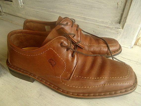 Chaussures Homme cuir vintage  Fluchos  / par FrenchTouchSoChic