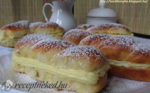 Mini kalács vaníliakrémmel töltve recept fotóval
