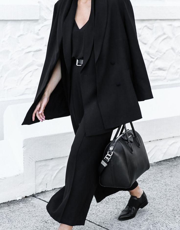 all black street style office work wear inspo suit Givenchy Antigona medium fashion blogger modern legacy  (1 of 1)