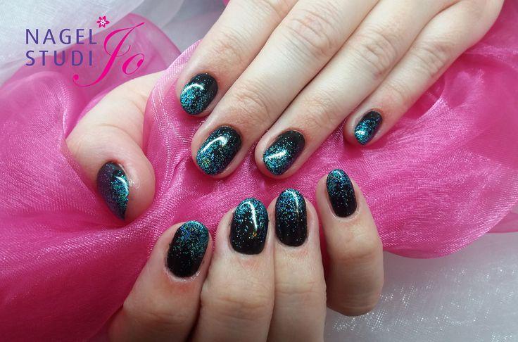 https://flic.kr/p/DfNq4P | Brisa, Black Pool met Lecenté Turquoise holographic glitter