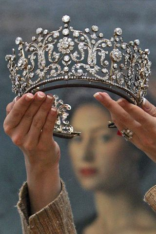 las mujeres ms bellas de la historia  | ii la tiara poltimore en la imagen fue una de las piezas mas cotizadas ...