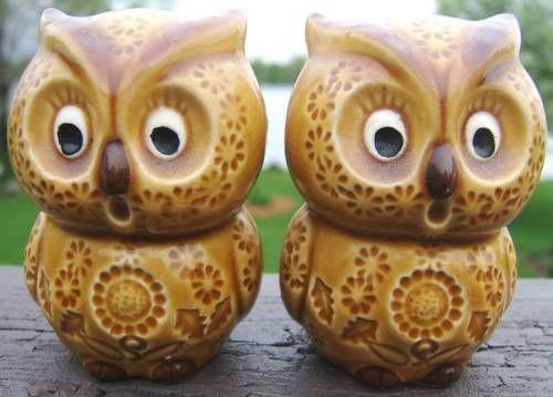 $70 enesco-owl-salt-and-pepper-ceramic-shaker-set-shakers-vintage-japan1960s