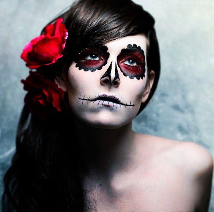 Halloween Schminke Bilder.Skelette Und Schadel In 42 Schockierenden Ideen Fur Halloween Neu Beste Halloween Schminken Frauen Halloween Schminke Rot Halloween Makeup
