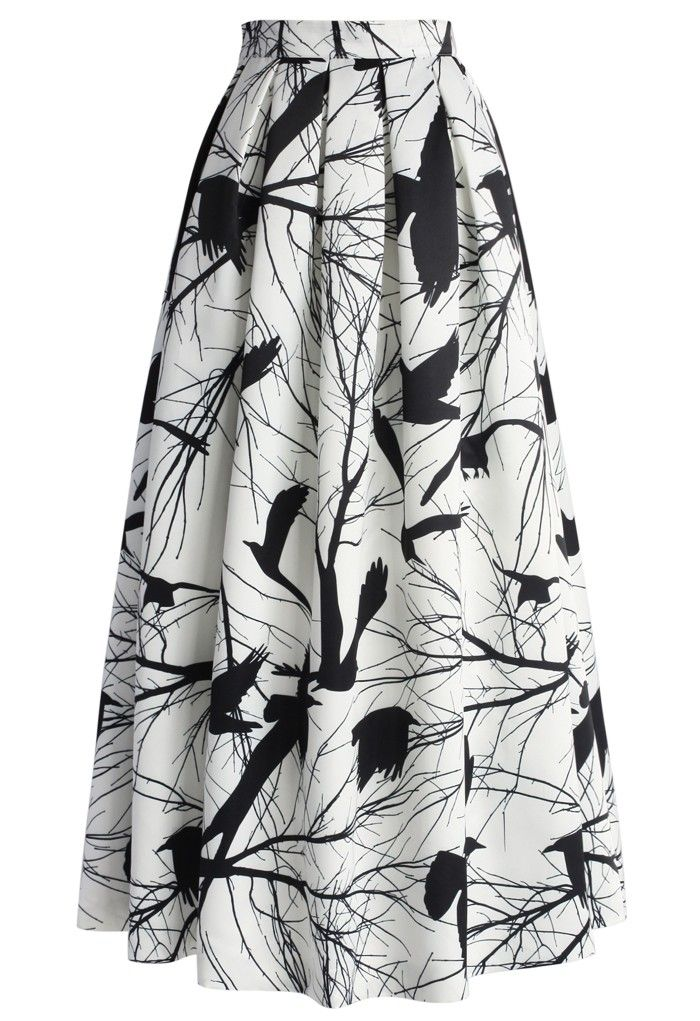 We're going to go out on a limb and say our Branch Out pleated maxi skirt is totally the coolest way to do a black and white print this spring! Add a bold top for a pop of color that will create a super chic look!   - Back zip closure - Pleated silhouette - Lined - 100% Polyester - Machine washable   Size(cm) Length  Waist XS              105        64 S                108        68 M               110         72 L                 110         76 XL               110         80 XXL        ...