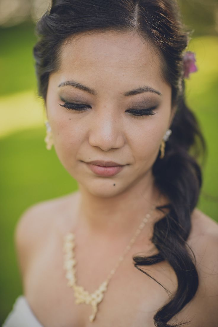 Bridal make up and hair. Photo by Monica Tarocco