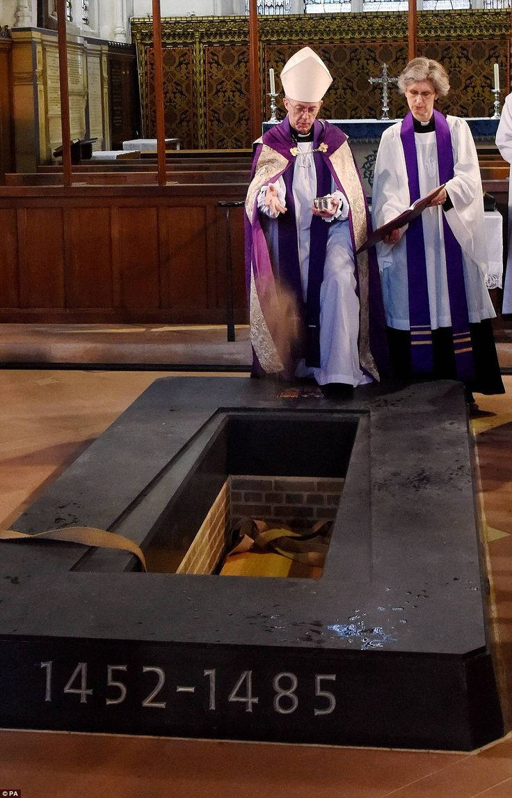 """Depicted by Shakespeare as a sadistic, crafty hunchback, Richard was re-interred at Leicester Cathedral some 530 years after he was slain at the Battle of Bosworth Field on Aug. 22, 1485. Elizabeth II stated, ''Today, we recognise a king who lived through turbulent times and whose Christian faith sustained him in life and death."""" She expressed her wish that Richard, slain at 32 in August 1485, would 'now lie in peace in the city of Leicester in the heart of England'."""