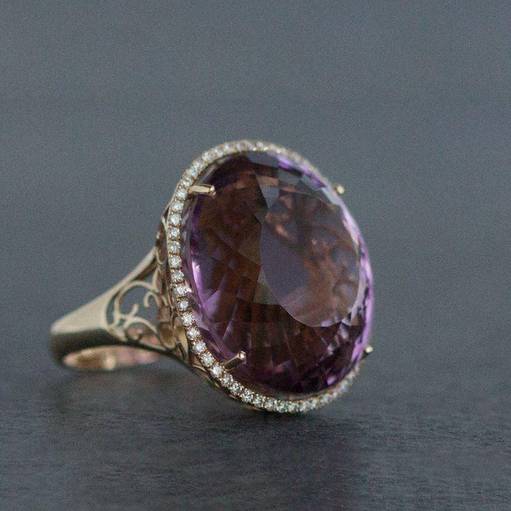 Amethyst ring , diamonds , gold 1999 €