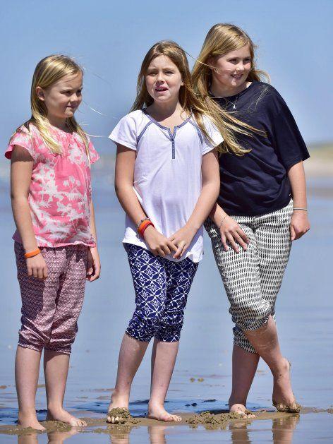 The 3 Dutch Princesses Ariane, Alexia and Amalie at the Beach