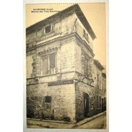 Image issue du site Web http://pmcdn.priceminister.com/photo/Carte-Postale-Ancienne-Aude-Narbonne-Maison-Des-Trois-Nourrices-Cartes-postales-830593377_ML.jpg
