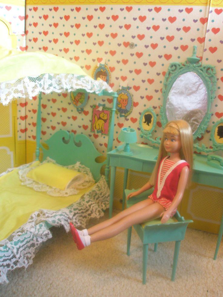 Turquoise Barbie House: Skipper & Friends In 2019