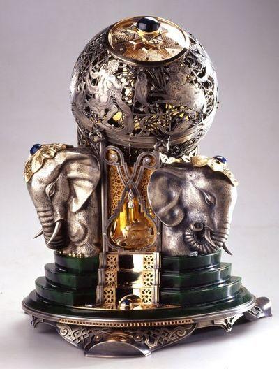 #Faberge #elephant #egg.: Tiffany Cartier Faberge, Art Russian Egg Fabergie, Elephant Head, Elephant Egg, Arts 5D Fabergespecialties, Elephanイ Faberge, Carl Faberge, Faberge 1, Faberge Elephants