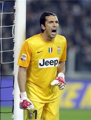 """Buffon on the loss to Inter: """"It is not a pleasant defeat. We weren't used to losing anymore, even if we played well. Inter played in an intelligent way and with so much hunger to win, so they deserved the victory. They interpreted the game well with great conviction, so much that they reminded me of Juventus last season."""""""