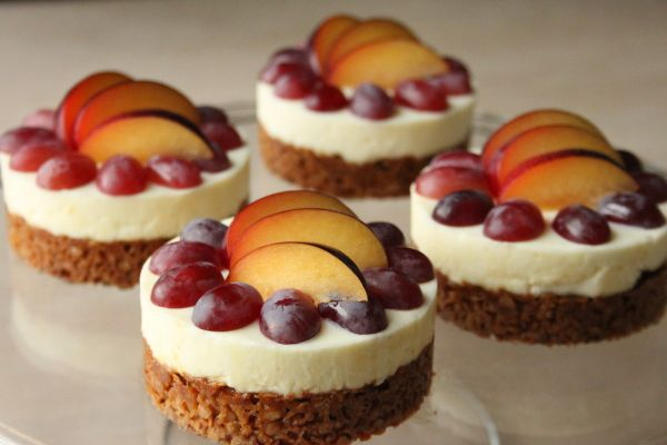 Cheesecakes uden hvede (med citron-mascarponecreme) | Non-wheat cheesecake with oats, mascarpone and fruit