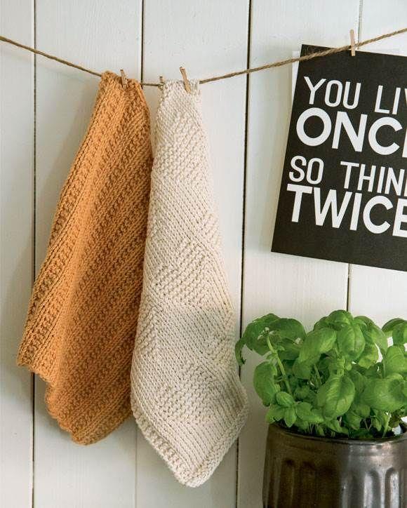 Hvis du ikke kender fornemmelsen af en hjemmestrikket vaskeklud, så er det noget, du ikke må snyde dig selv for. Find opskrifterne på mormors favoritter lige her.