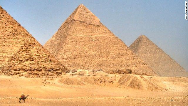 13 ギザのピラミッド(エジプト) 写真=JAKE HAGGMARK ▼15Jun2013CNN|写真特集:一度は行きたい世界遺産20選 http://www.cnn.co.jp/photo/35032669.html