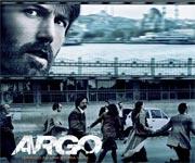"""Ispirato ad una storia vera, il thriller """"Argo"""" racconta l'azione segreta tra vita e morte intrapresa per liberare sei statunitensi e svoltasi durante la crisi degli ostaggi in Iran - la cui vera storia per decenni è rimasta ignota all'opinione pubblica. Il 4 novembre 1979, mentre la rivoluzione iraniana toccava l'apice, un gruppo di militanti fa incursione nell'Ambasciata USA in Tehran, portando via 52 ostaggi."""
