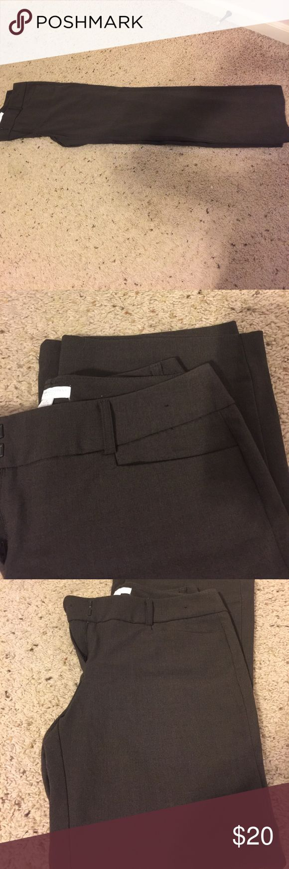 Dress Pants New York and Co dark grey dress pants. Size 8 Petite Excellent condition New York & Company Pants Trousers