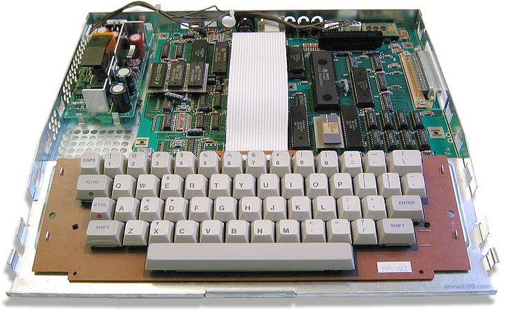 TI-99 Forever! - Carte mère détaillée du Texas Instruments Computer 99/8