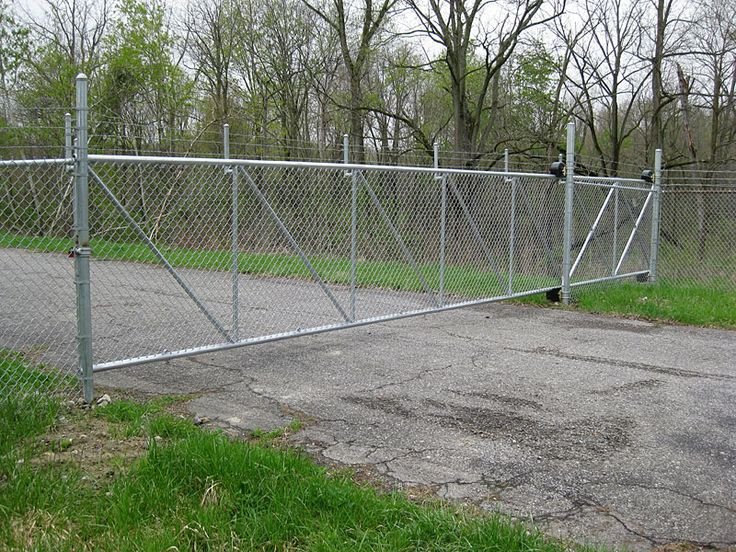 Chain Link Roll Gate Chain Link Fencing Pinterest
