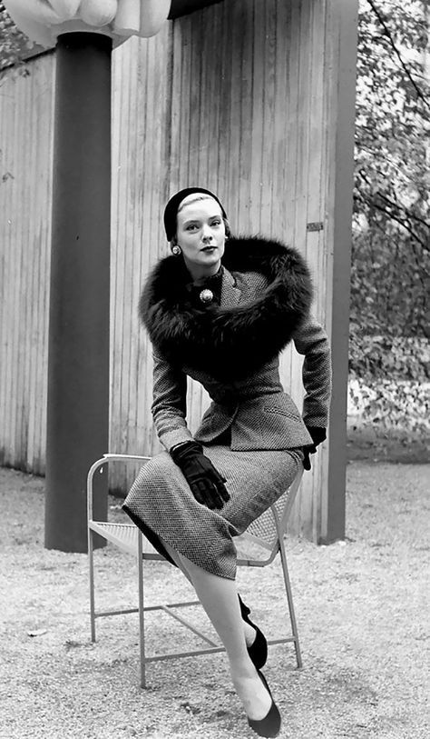 1950s Fashion Photography By Nina Leen