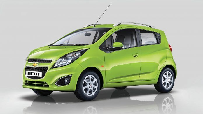 #Chevrolet launched their compact hatchback, the Beat, in India back in 2011. Since then, the car has been almost same with only a few tweaks. For its latest update, the new Beat will be get cosmetic updates. The new Beat will be made on the same platform and the facelift is expected to get a few changes.
