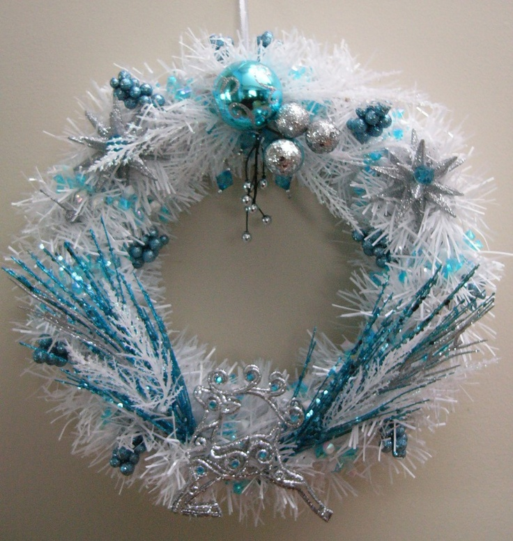 Blue, White and Silver wreath: Silver Wreaths, Holidays Style, Christmas Stuff