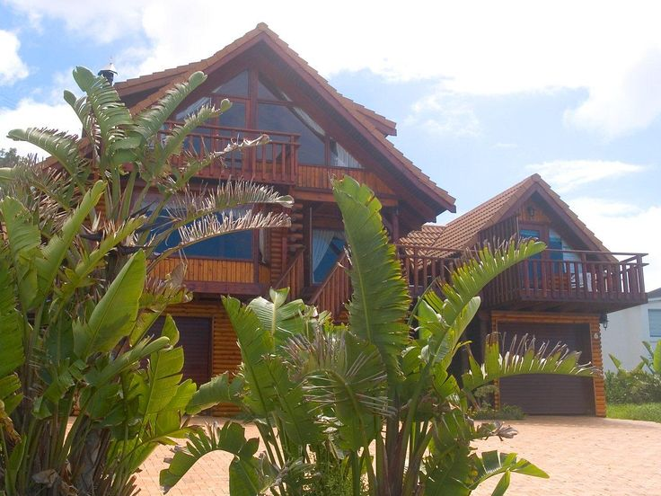 The VIP House at Brenton on Sea Chalets