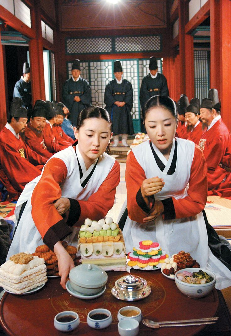 """Dae Jang Geum(Hangul:대장금;hanja:大長今;RR:Dae Jang-geum;MR:Tae Chang-gǔm; literally """"The Great Jang-geum""""), also known asJewel in the Palace, is a 2003 Korean television series.StarringLee Young-aein the title role, it tells the tale of an orphaned kitchen cook who went on to become the king's first female physician.  수라간"""