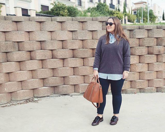 Autumn colours 🍁 #ootd #outfit #autumn #Otoño #Zara #inditex #Bag #Brown #Grey #itcordoba #cordobaesp #colddays #frio #streetstyle #Bloggerscordoba #elrincondepaublog #wiw