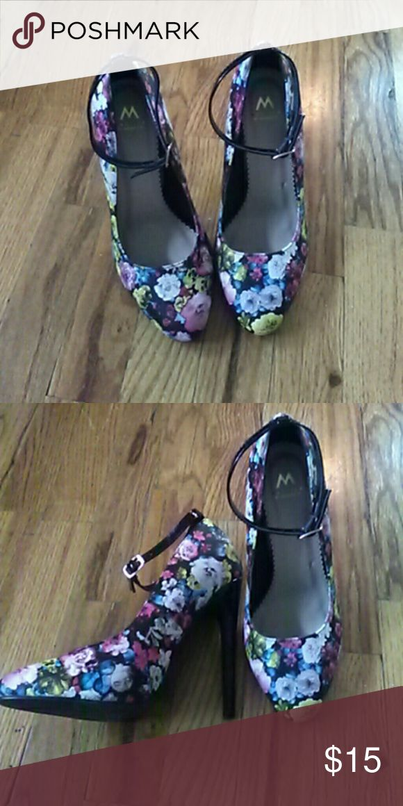 Shoedazzle heels Hi ^_^  Like new, worn once floral heels. About 3 inches. I did put in 2 holes in straps because it was lose. Very cute.  Love to bundle! Shoe Dazzle Shoes