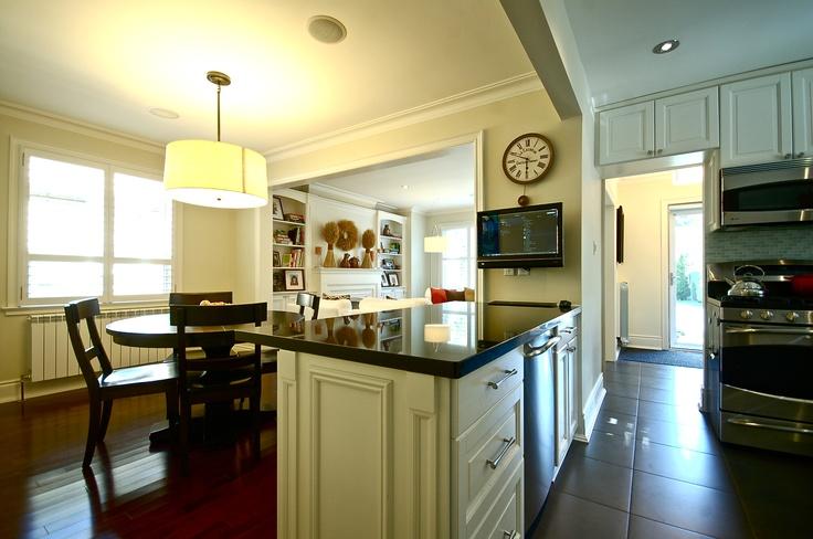 Toronto West End Rental | Detached 4 Bedroom 2 Bathroom | $2900/Month | prodypto.com
