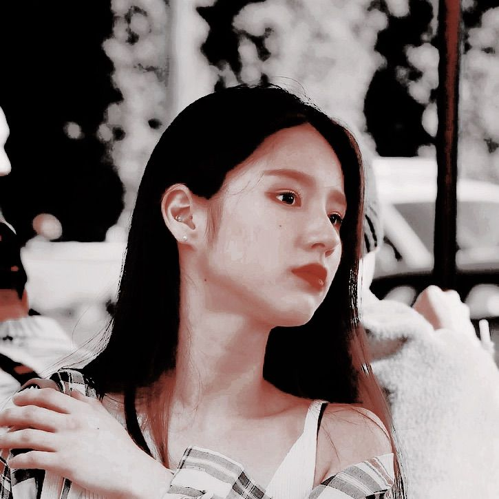 Image Uploaded By Effie Find Images And Videos About Loona Heejin And Psd Themes On We Heart It The App T Cute Cartoon Wallpapers Dark Aesthetic Cute Icons