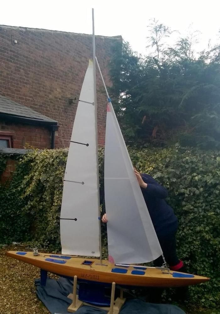Pond yacht boat 1990 81 inch class A vane steered 1 of 138 made by Hugh Shields
