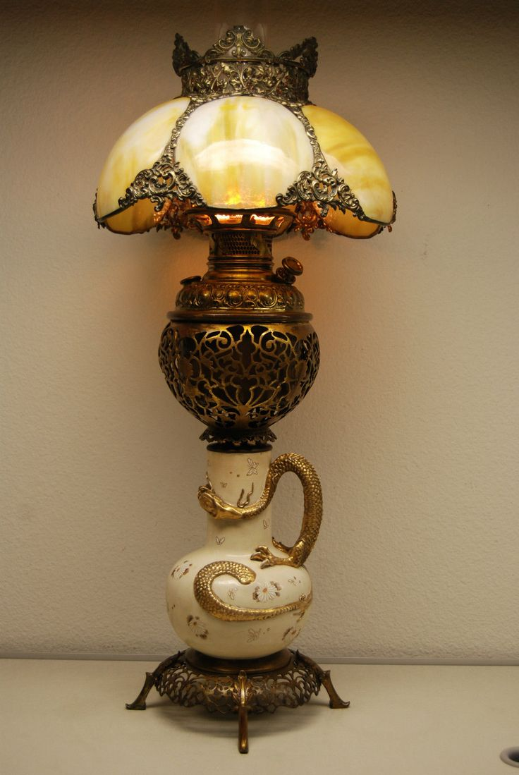 ANTIQUE GWTW OLD VICTORIAN SLAG GLASS CHINESE JAPANESE DRAGON OIL KEROSENE LAMP in Antiques, Decorative Arts, Lamps | eBay