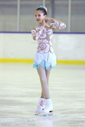 Фигурное катание на коньках. Женщины | Sketches of costumes by mail