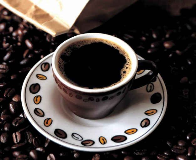 Drink your coffee black. | 21 Little Lifestyle Changes That Will Help You Get Healthier