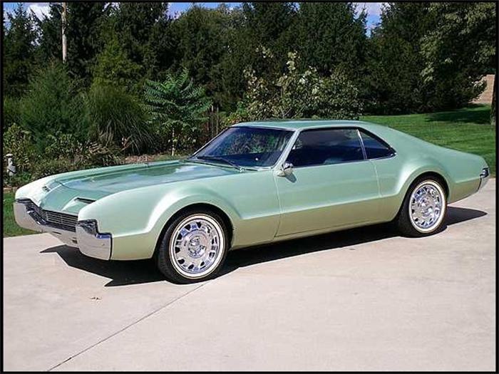ClassicCars.com & Hemmings Motor News