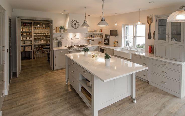 Best 25 Moveable Kitchen Island Ideas On Pinterest Movable Island Kitchen How To Kitchen