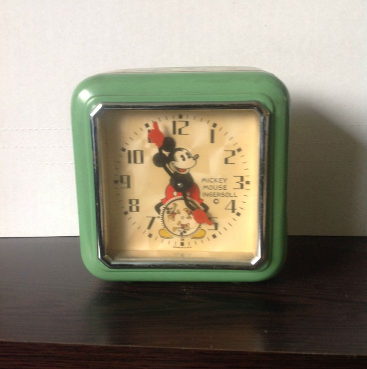 1933 Ingersoll Mickey Mouse Clock