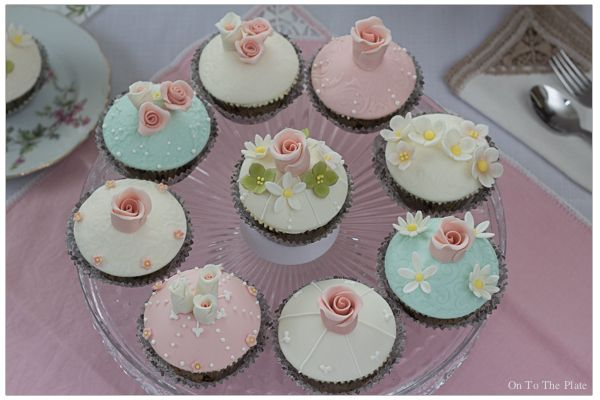 Vintage cupcakes for Kade's bridal shower   On to the plate