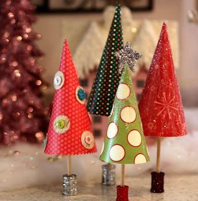 簡単クリスマスクラフト手作りクリスマスツリーの作り方   Interior ... 手作りペーパークリスマスツリー