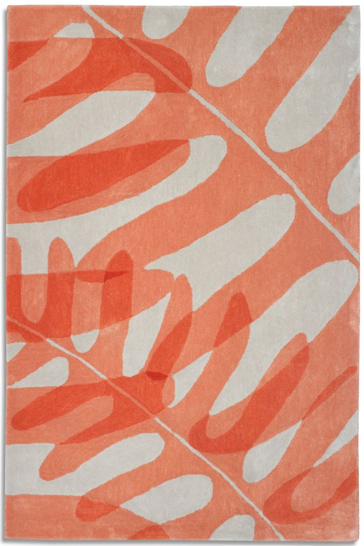 Peach & White Rug .... Leaf Design ....