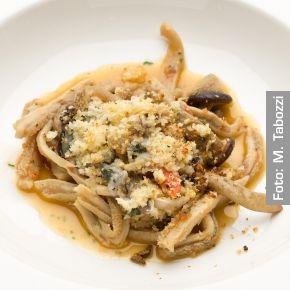 Trippa di vitello con funghi pioppini e frutti di mare - Chef Gennaro Esposito