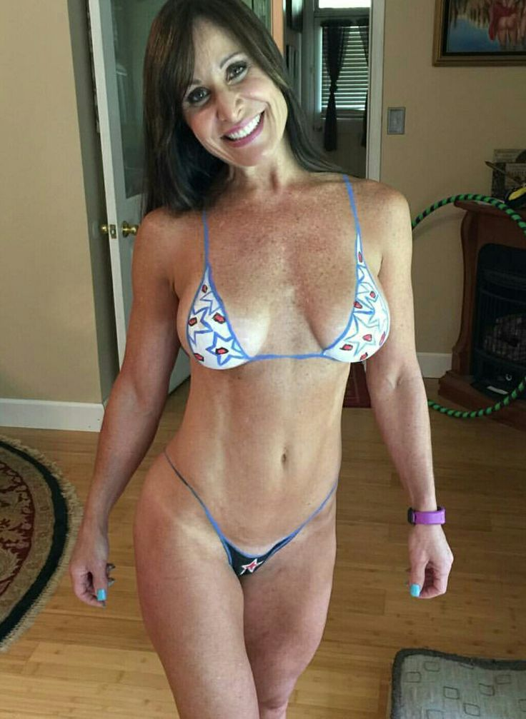 Tan lines fitness milf in good sex and workout 9